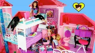 Barbie y Sus Hermanas de Vacaciones en Disney, Crucero y Campamento