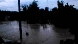 наводнение Крымск утро(Это видео загружено с телефона Android., 2012-08-06T12:47:25.000Z)