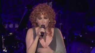 Смотреть клип Fiorella Mannoia - Lamore Si Odia