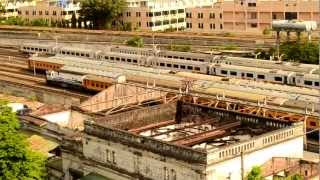 INDONESIAN RAILWAY - COUPLING THE CARS (INI KERETA APA YA??)
