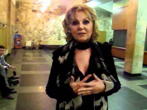 Наталья Селезнева поздравляет с 8-м марта