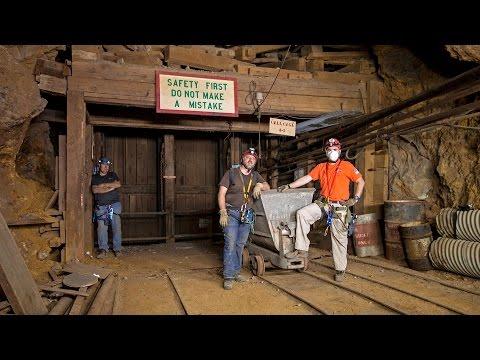 Exploring the Darwin Mines in Darwin California