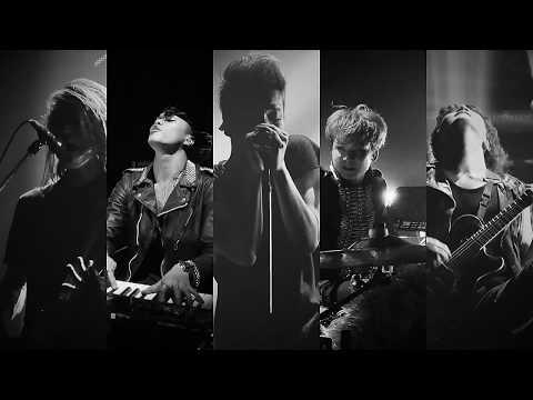 Crossfaith - 'Tears Fall' (Live at Makuhari Messe, Japan)