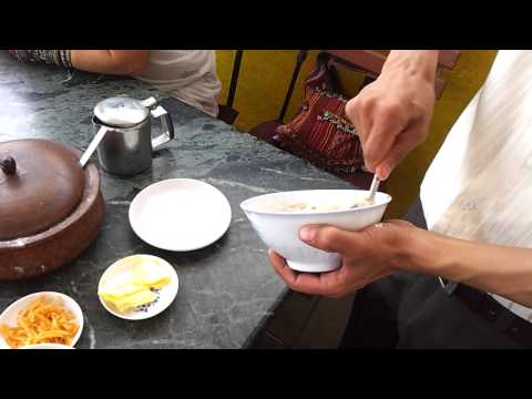 How to eat Tsampa with buttered, salted tea