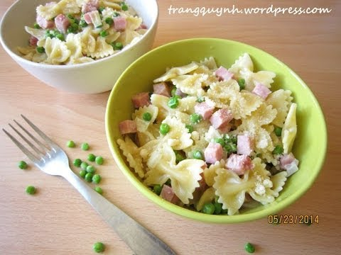 bow ties alfredo with ham and peas  or broccoli