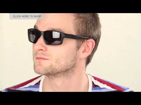 Oakley Chainlink Polarized 009247 Sunglasses Review | SmartBuyGlasses