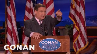 Repeat youtube video Andy Returns As Conan's Sean Spicer  - CONAN on TBS