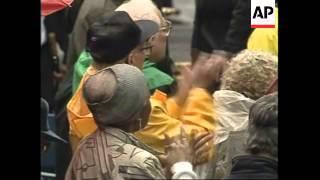 USA: NEW YORK: CUBAN EXILES GATHER FOR RENAMING OF CUBA STREET