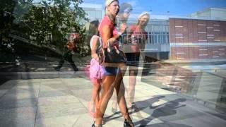 Repeat youtube video Julie skyhigh & Tamia in high heels walking & teasing & smoking
