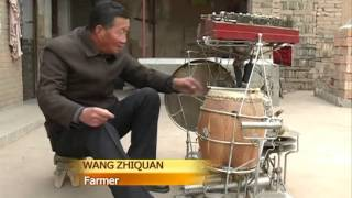 66-year-old farmer plays 13 musical instruments at the same time