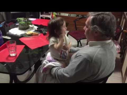 Nieta y abuelo