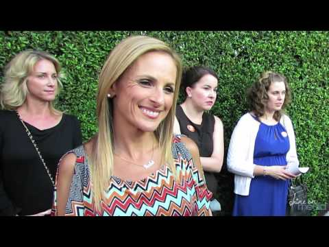 "Marlee Matlin Interview - ""Switched at Birth"""