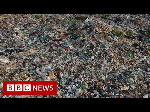 India's growing Covid-19 waste challenges workers - BBC News