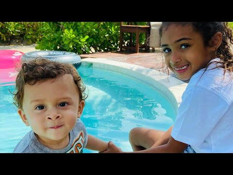 Chris Brown Baby Mama Ammika Harris, Joins Him On Vacation As Singer Two Children Melt Fans Heart...