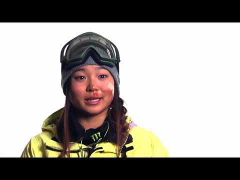Chloe Kim Snowboard Half Pipe Run (Part 1)