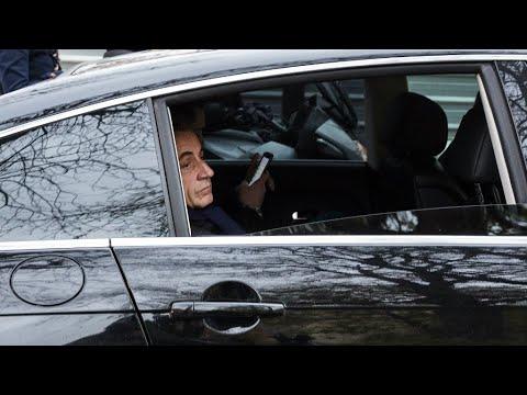 فرنسا: ساركوزي يبدأ يومه الثاني في التوقيف الاحترازي لاستكمال التحقيقات  - نشر قبل 2 ساعة