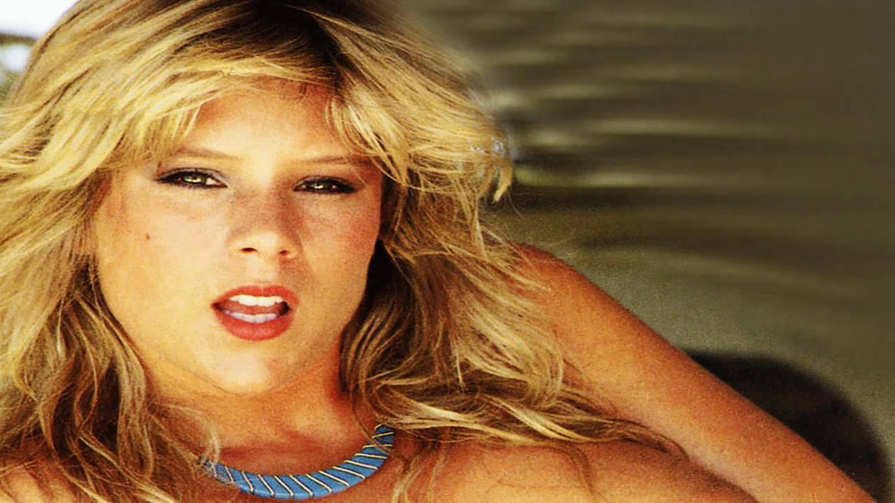 Samantha Fox 16