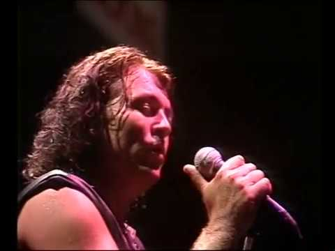 Live in Sydney 1984 performing Smoke On The Water