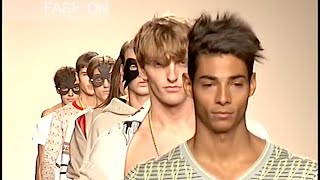 MARTA MONTOTO Menswear Spring 2010 Madrid - Fashion Channel