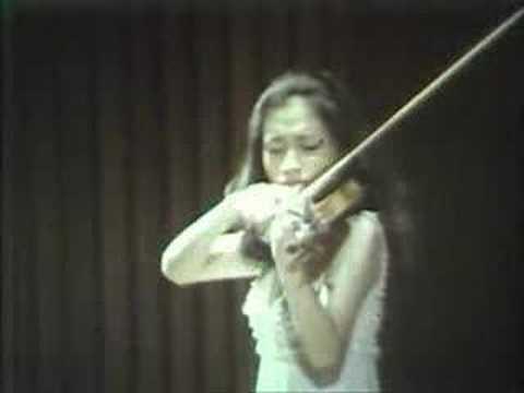 Kyung Wha Chung plays Szymanowsky Tarantella