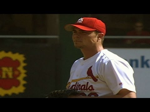 2000 NLDS Gm1: Rick Ankiel throws five wild pitches in Game 1 of the NLDS