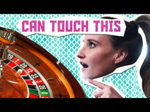 Draaiende Roulette balletje in een Casino - CTT #1