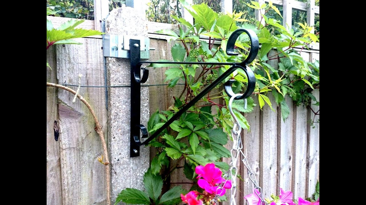 Postfix Concrete Fence Post Bracket Youtube