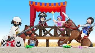 Видео про игрушки Супер 4: Джин изобрел машину времени, и Акулья Борода попал в средневековье!