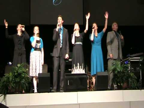 The Collingsworth Family sings I Could Never Praise Him Enough