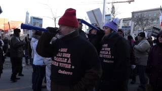 White Collar City Workers Protest Montreal City Hall March 23 2015 00056