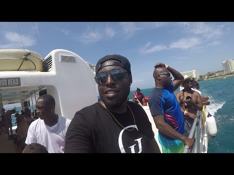 CRAZY PARTY BOAT IN JAMAICA!! | EXPLORING MONTEGO BAY | VLOG 4