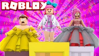 WEARING GRANNY CLOTHES IN FASHION FAMOUS (ROBLOX)