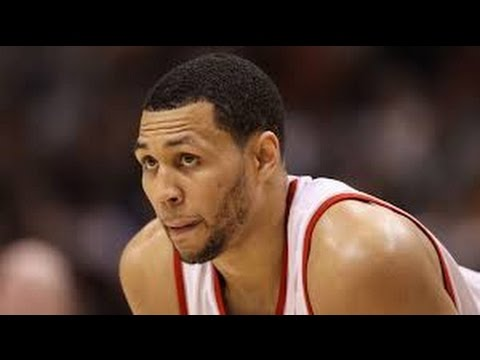 Former NBA All-Star Brandon Roy Wounded in Compton, Calif., Shooting