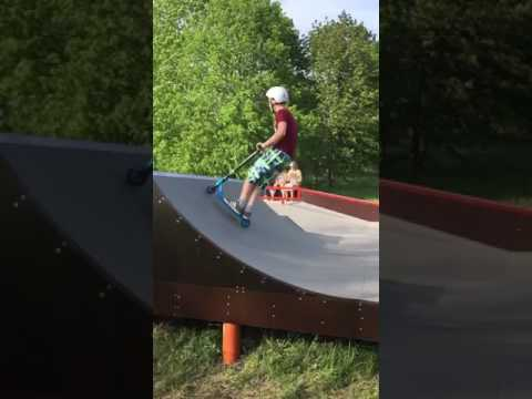 A Tailwhip On A Scooter In Slow Motion !!!