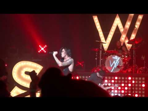 101515 Sleeping With Sirens - Parasites Live