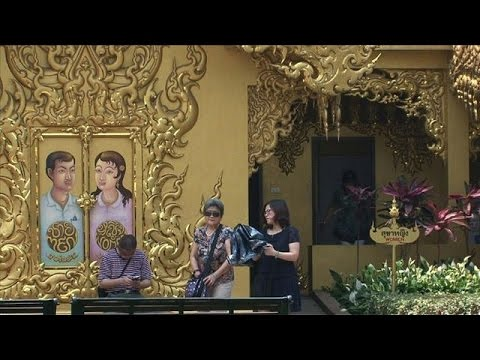 Chinese tourists boost Thai economy but stir outrage