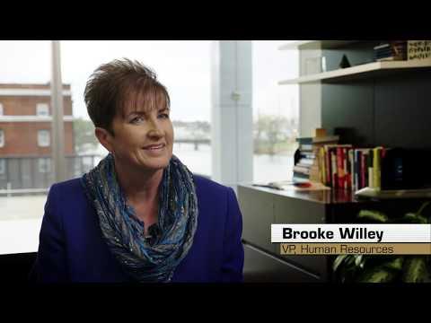Women in Trucking | Female Truck Drivers Join CRST