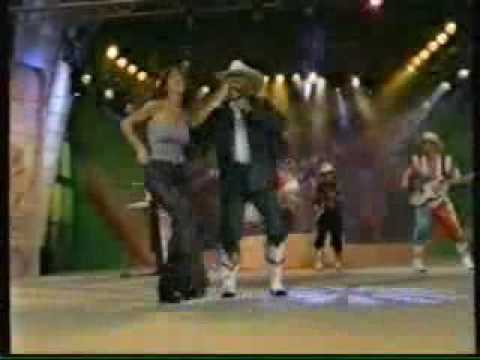 Mi Banda El Mexicano - La Chinita En Vivo