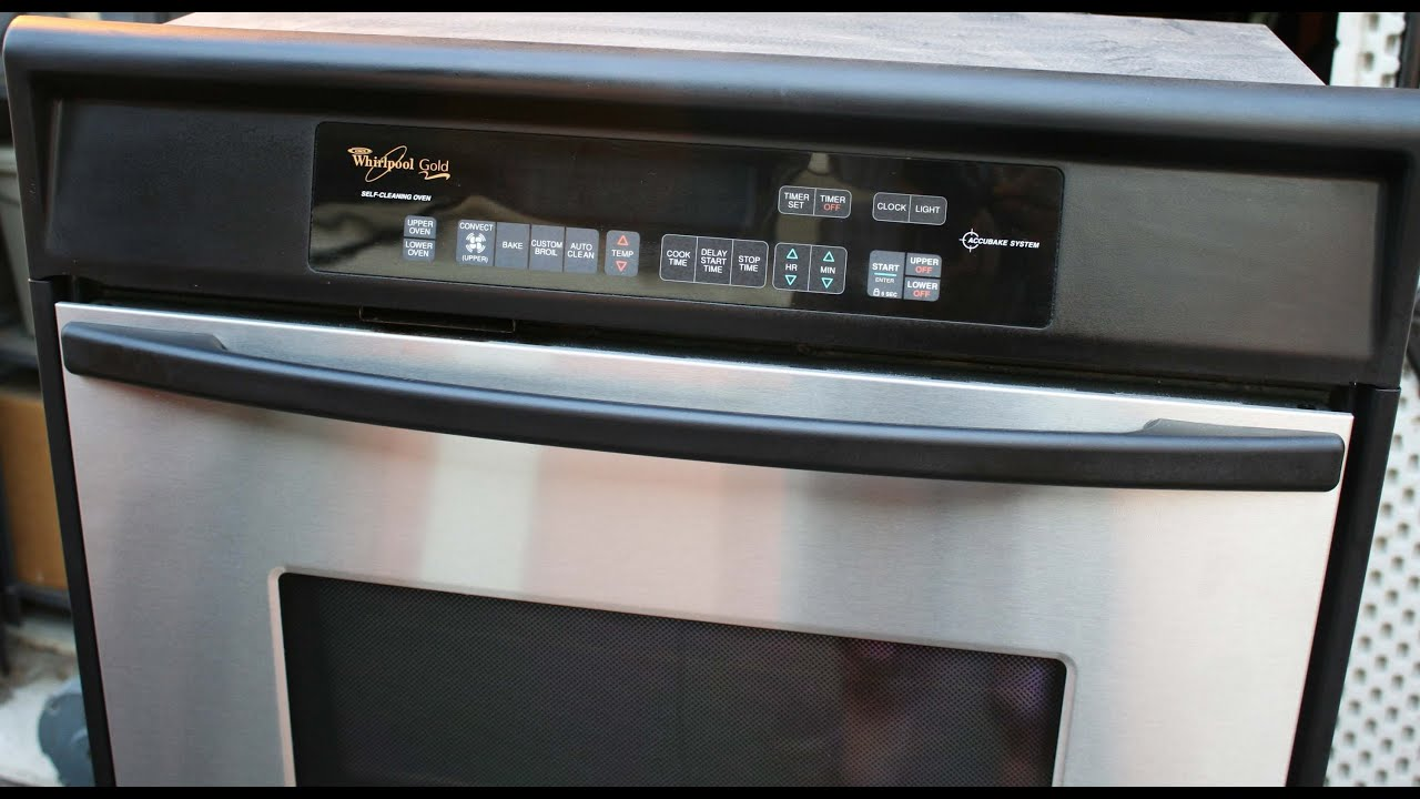 Whirlpool Accubake self cleaning double oven demonstration - YouTube