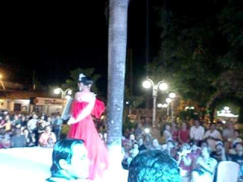 Coronación de la Reina Obispo Santistevan 2012 - Luthcelia I - video 1