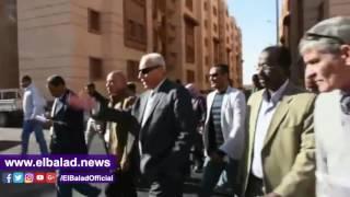 محافظ أسوان يتفقد مشروع إسكان الأوقاف ومحطات الصرف الصحى .. فيديو وصور