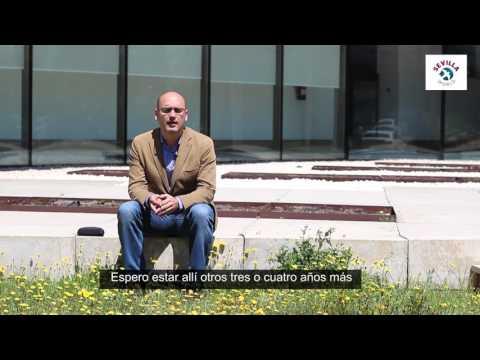 Alberto del Valle un biólogo en Abu Dhabi