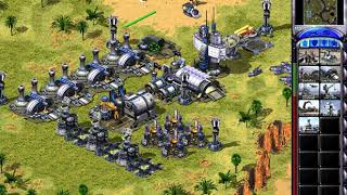Command & Conquer: Red Alert 2 - Gameplay Footage.