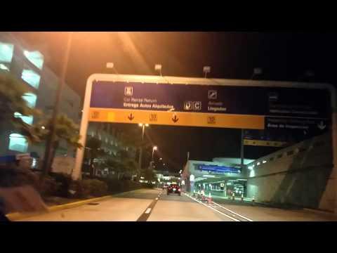Terror Entrando al aeropuerto Luis Munoz Marin en San Juan,Puerto Rico