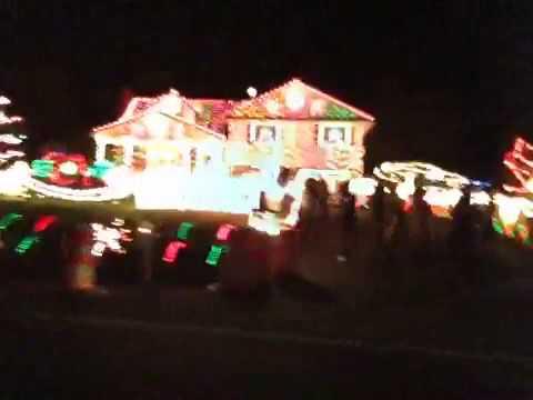 Bear Delaware Christmas House