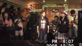 えまのん(6th) 2008年12月20日、岡山市富田町Wonderful Worldにて。 Gt...