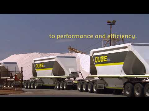 Triple Belly Dumpers hauling salt, Port Hedland (Qube)