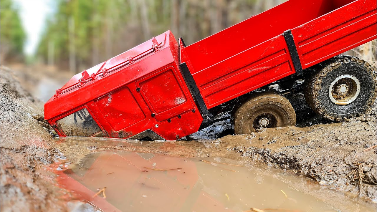 MAN KAT 6x6 and Mercedes G63 4x4 – Adventures on a Flooded Road