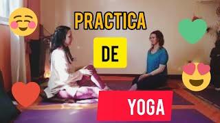 Práctica de Yoga: Postura de la media torsión. Ardha Matsyendrasana