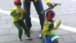 Funny African puppet dance